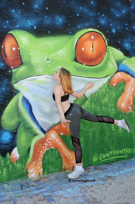Frog mural - Gymnast kissing frog in downtown Saint Petersburg, Florida